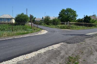 В поселке Курбатово отремонтировали дорогу по переулку Школьный