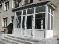 В Муниципальном учреждении «Сельский Дом Культуры станицы Камышеватской» закончился ремонт центрального входа и трех запасных выходов