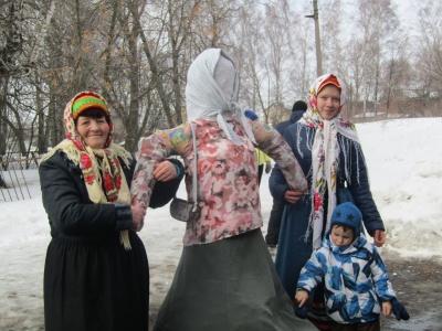 Празднование широкой масленицы в п. Апарки Кимовского района