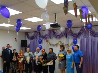 27 сентября отмечается профессиональный праздник - День воспитателя и всех дошкольных работников