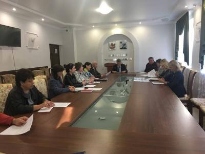 18 октября в малом зале администрации прошло заседание организационного комитета по подготовке и проведению мероприятий, посвященных 100-летию создания комсомола