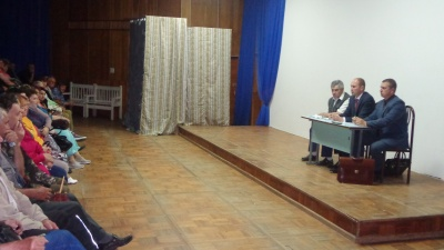 31 мая в лекционном зале ДК п. Товарково по инициативе собственников дачных участков прошла встреча