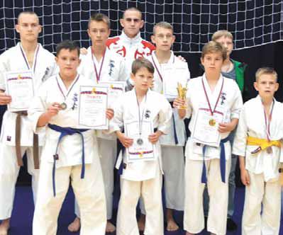 Каратисты завоевали восемь наград «Золото» получили четыре спортсмена