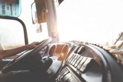 С 1 ноября грузовики и автобусы должны быть оборудованы тахографами