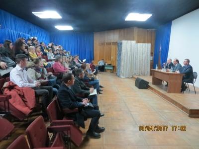 18 апреля - Встреча Главы администрации Дзержинского района Пичугина А.В. с молодежью проживающей в поселке Товарково