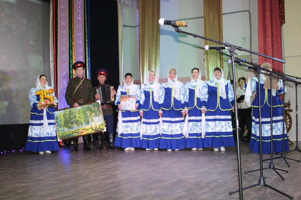 """Юбилей фольклорного ансамбля «Кладезь»"""