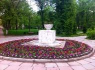 Благоустройство поселения – высадка цветов.