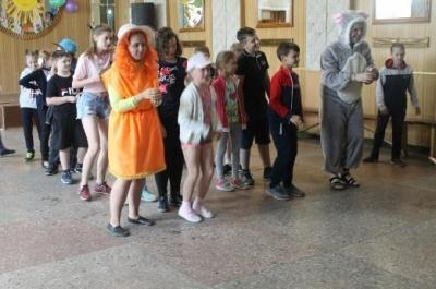 8  июня в зале Каширского Центрального дома культуры прошла спортивно – музыкальная программа «Снова лето наступило»
