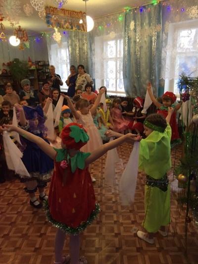 Школьные новогодние карнавалы