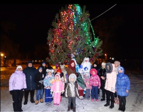 20 декабря 2019 года ✨прошло открытие главной новогодней ёлки сельского поселения Черновский