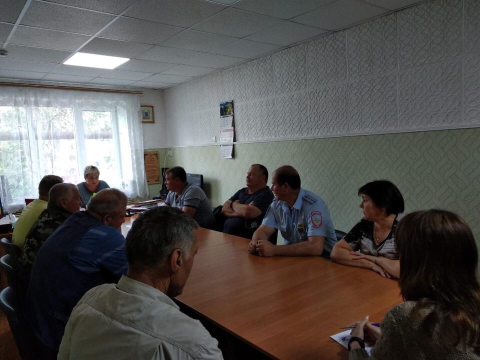 22.05.19г в Администрации прошло совещание по проведению на территории сельского поселения однодневных тактико-специальных учениях