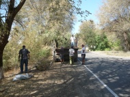 Работы по спилу сухих деревьев  по ул. Советская  и  сбору мусора