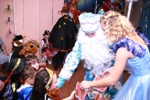 Праздник в кругу Деда Мороза и Снегурочки