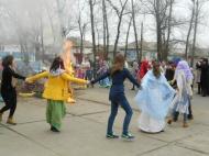 10 марта , в Прощённое Воскресенье, в  Нижнемамонском Доме Культуры №2  прошло  Масляничное гуляние.