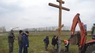 В нижнедевицком поселке Курбатово установили поклонный крест