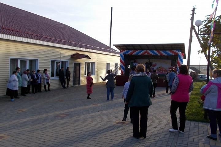 14 октября 2018 года с. Ермоловка отметила 250-летие с. Ермоловка.