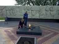 День победы на обновленном памятнике.
