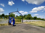 Администрацией Пыховского  сельского поселения  в целях обеспечения санитарно-эпидемиологического благополучия проведена противоклещевая обработка  территории.