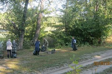 20 сентября работники администрации Ольховатского сельского поселения, Дома культуры, социальной сферы, лесничества и лесопожарного центра провели акцию «Чистый лес».
