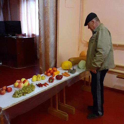 МКУК Семилукский СДК  Выставка «Дары осени»