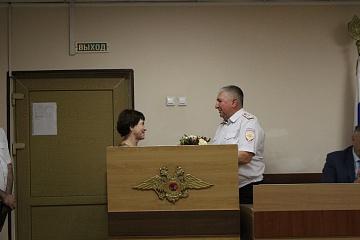В зале для оперативных совещаний Отдела МВД России по Волжскому району прошла торжественная часть для сотрудников полиции посвященная профессиональному празднику