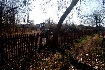 Прошли субботники на Общественном кладбище с. Бутырки