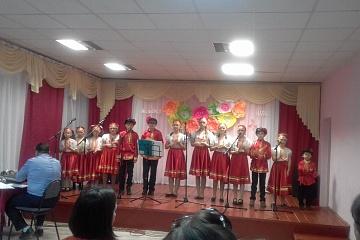 25 ноября в МКУ «Краснобратский КДЦ» состоялся праздничный концерт «Светлое имя - мама», посвящённый самым дорогим и любимым людям – нашим мамам