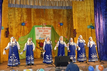 29 ноября  на базе Осетровского Центра культуры состоялся районный фестиваль «Нам года – не беда»