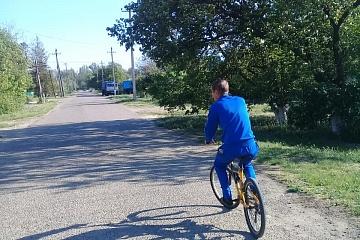 Группа хозяйственного обслуживания и благоустройства,и жители г.Городовиковска приняли участие в ежегодной акции «На работу на велосипеде».