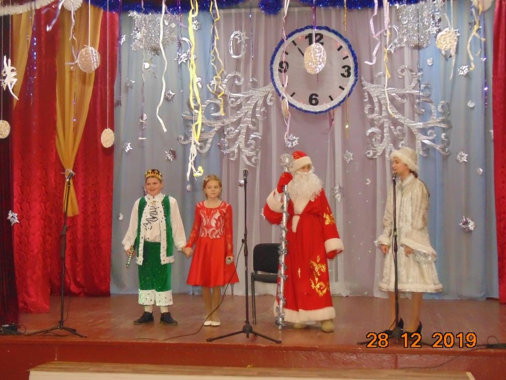 Новогодняя театрализованная программа для детей «Чудеса в Новый год»