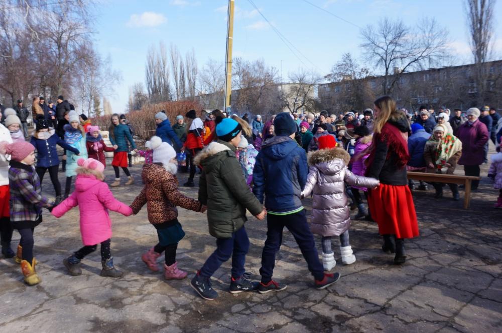 1 марта в  сельском поселении прошел праздник « Проводы русской зимы. Масленица.»