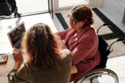 До 1 марта 2022 года пенсии по инвалидности продлеваются беззаявительно