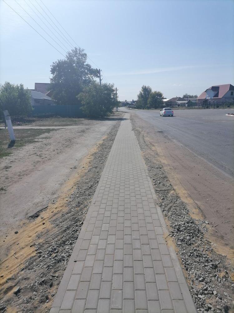 Осенью  2020 года завершилось строительство тротуаров по ул. Ленина (1100 м) и пер. Ленина - Молодежная (500 м) села Дракино