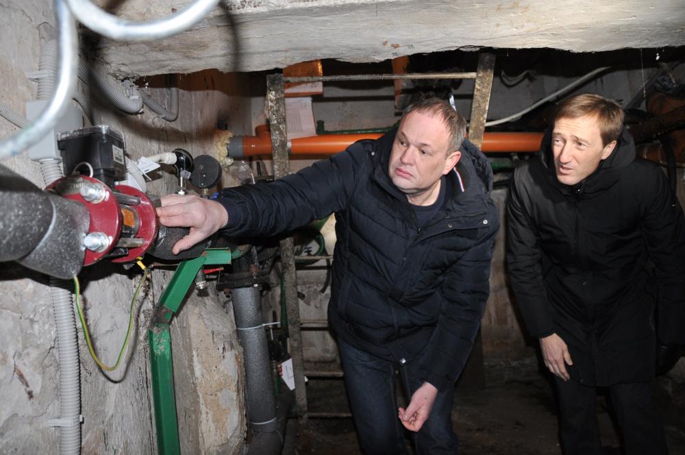 Депутаты «Единой России» помогут жителям разобраться с коммунальщиками, навязавшими установку счетчиков-«охладителей»
