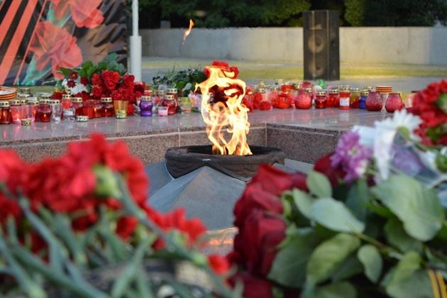 Митинг «Свеча памяти» ко дню памяти и скорби