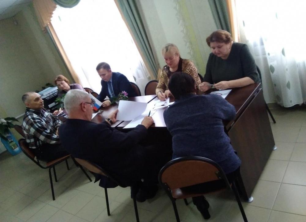 Состоялось очередное заседание поселкового Совета