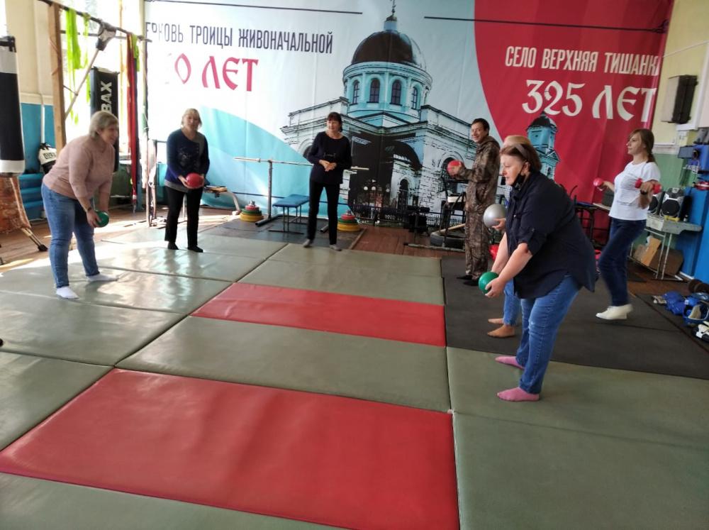 8 сентября в  спортивном зале Старотишанского СДК прошла веселая эстафета приуроченная ко дню физкультурника.
