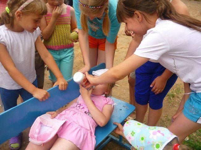 Помощь при тепловом и солнечном ударах