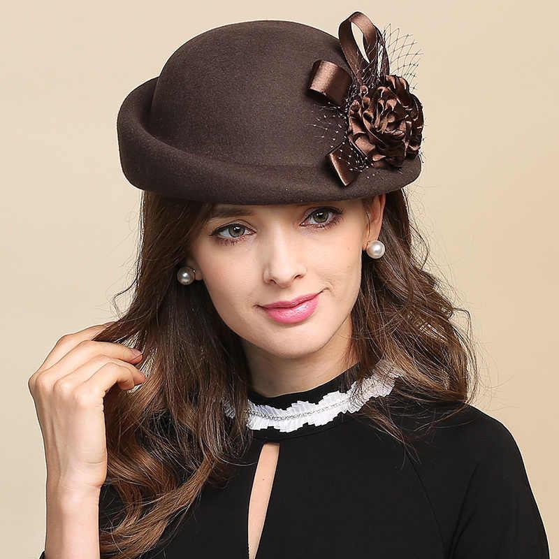 Фотовыставку «Парад шляп»
