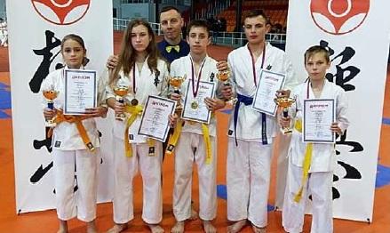 Каратисты завоевали четыре золотые медали на первенстве области
