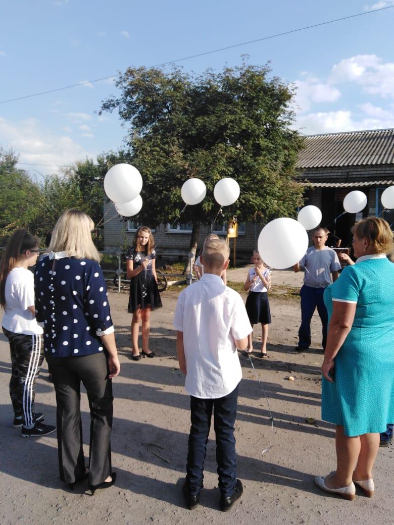 Траурный митинг,посвященный жертвам Беслана