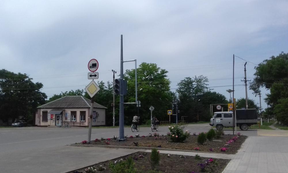 Проведены работы по установке светофора