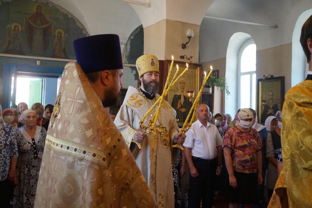 Петропавловку посетил епископ Россошанский и Острогожский Андрей