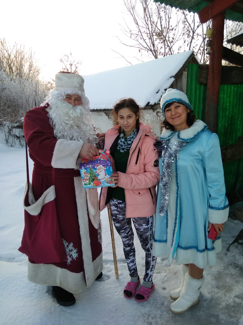Подарки от депутатов Воронежской областной Думы
