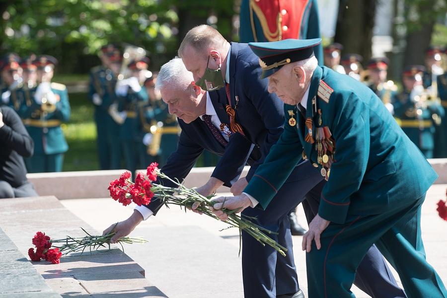 Вечная слава: в Волгоградской области почтили память защитников Отечества