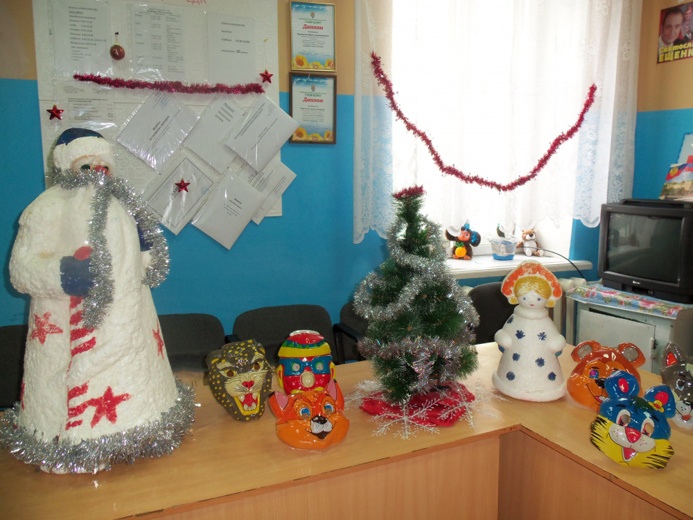 Верхнесъезженский СДК : подготовка к встрече Нового года