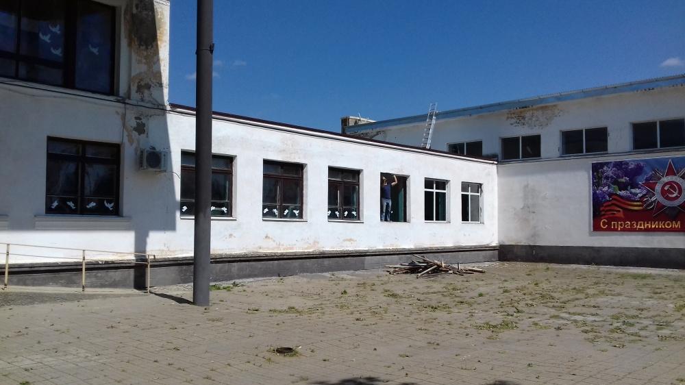 Продолжается ремонт Новониколаевского СДК.