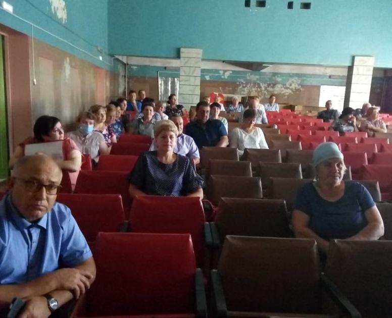 5-го августа состоялась встреча главы администрации района с жителями Краснологского сельского поселения