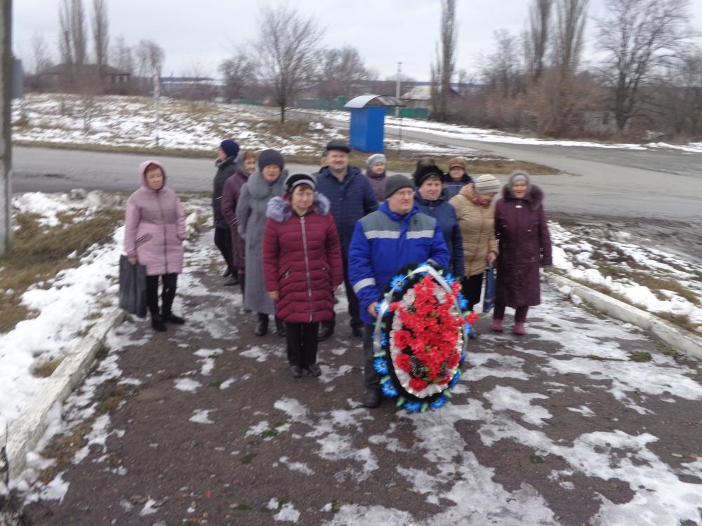 «День освобождения села». Возложение венков