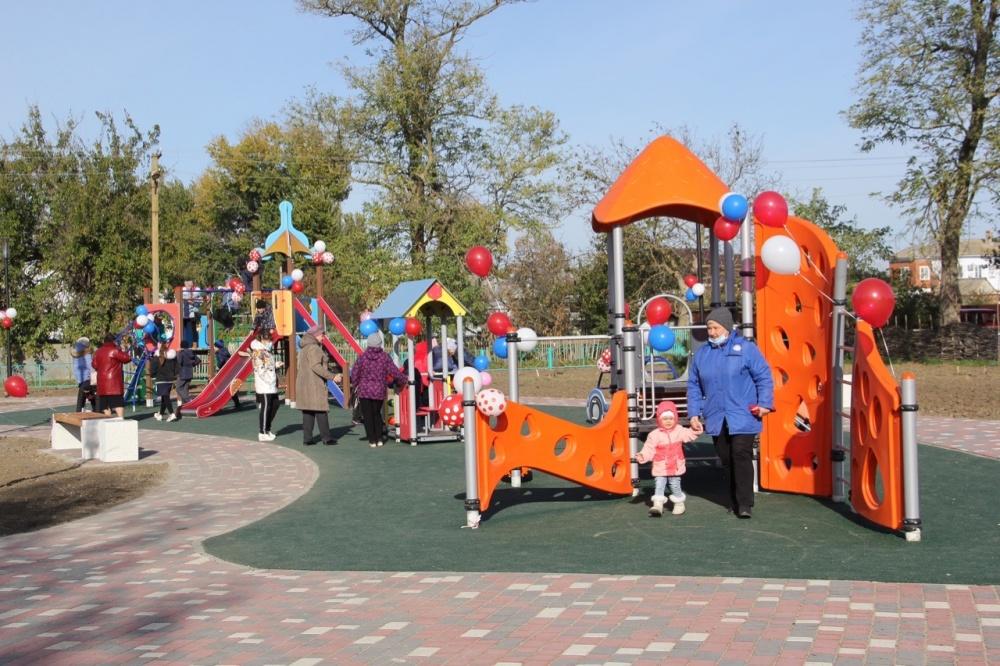 Состоялось открытие парка отдыха, который построен в рамках национального проекта «Жилье и городская среда»
